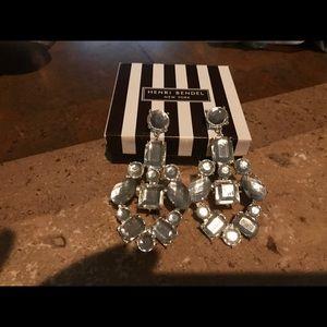 Gorgeous Henri Bendel earrings